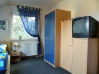 Bild 2: Zimmer im EFH, Pool, Garten, Terrassen